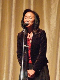 主催者としてうさぎの会の会長佐藤淑子さんの挨拶